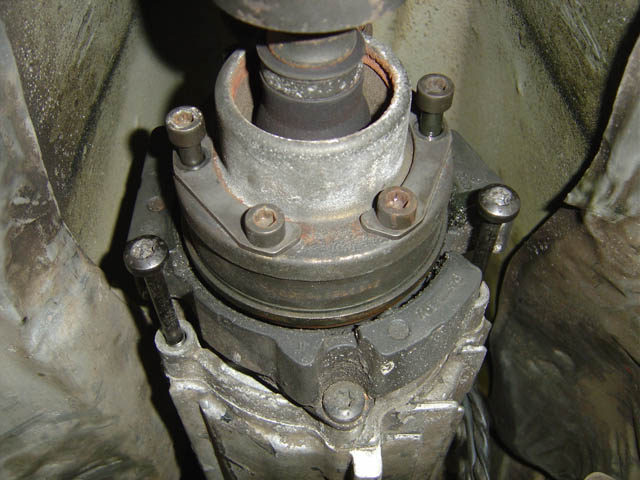 What size (allen) hex head socket to remove axle