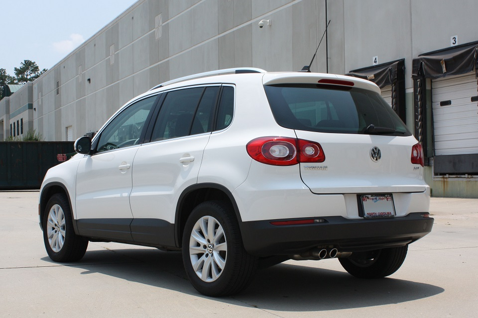 quattroworldcom forums sold  vw tiguan se sunroof  whiteblack